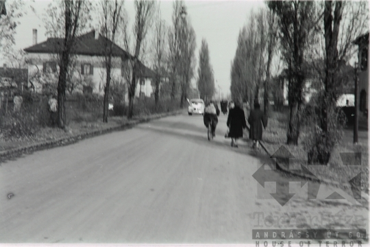THM-FGY-2017.3.1 - The 1956 Revolution and Freedom Fight in Üllői Street and in the area