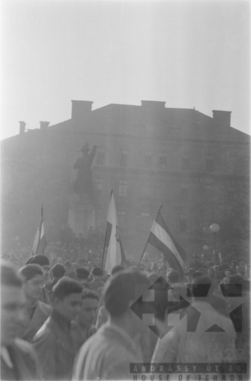 THM-FGY-2017.3.40 - The 1956 Revolution and Freedom Fight in Buda